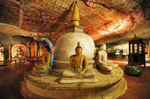Explore Sri Lanka - Day 3 - Anuradhapura – Dambulla